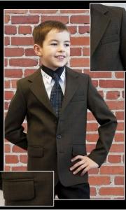 01) школьные костюмы в ассортименте с 30-42 р-р, цены от 190.000 до 508.000 руб.