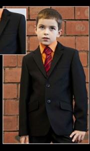 03) школьные костюмы в ассортименте с 30-42 р-р, цены от 190.000 до 508.000 руб.