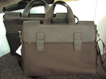 из текстиля женские деловые сумки.