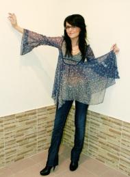 4) блузка Zara 69 000 руб., джинсы Zara 139 000 руб.