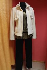 06) пальто 550,000; брюки 430,000