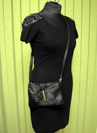 4) Платье 108000 руб., сумочка 118000 руб.
