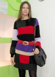 8) Платье Free Soul (Италия, шерсть мерино) 189.000 руб.,  ремень (кожа) 79.000 руб., сумка Gas 129.000 руб.