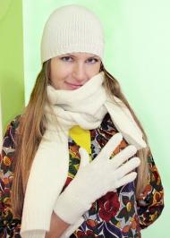 20) Шапка 79.000 руб., шарф 89.000 руб., перчатки 69.000 руб. -- Gas