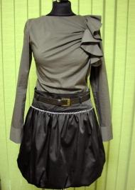 5) Юбка 138000 руб., блуза 90000 руб.