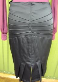 8) юбка 132000 руб. вид сзади