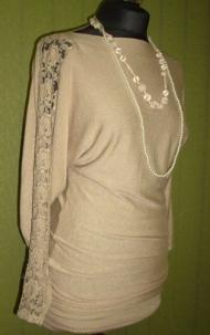 5) 116000 руб. туника с бусами + светло-серый цвет