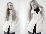 6) пальто Bershka 149000 руб.